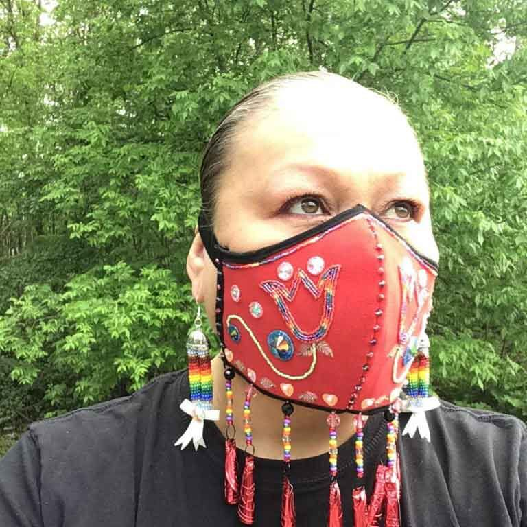 Melissa-Lowe-covid-19-mask